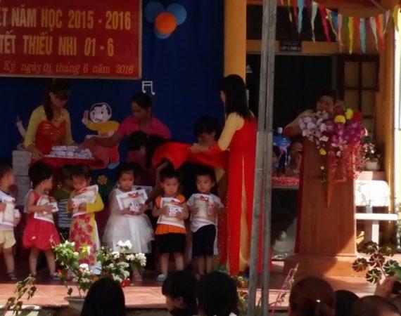 Lễ tổng kết năm học 2015- 2016 và tết thiếu nhi trường mầm non xã Tân Kỳ