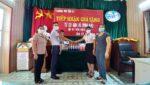 Gia Đình Anh VŨ ĐÌNH NHU tặng trang thiết bị chống dịch trường mầm non Tân Kỳ